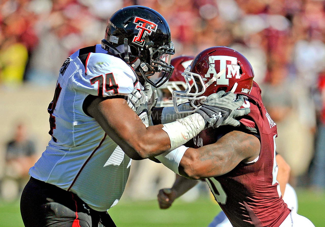 OCT 30 2010:  <br /> Texas A&M Aggies defensive end Von Miller #40 and Texas Tech Red Raiders offensive linesman Mickey Okafor #74 battle each other for position in a game between Texas Tech Red Raiders and Texas A&M Aggies at Kyle Field Stadium in College Station, Texas.<br />  Aggies win 45-27.<br /> (Credit Image: © Manny Flores/Cal Sport Media)