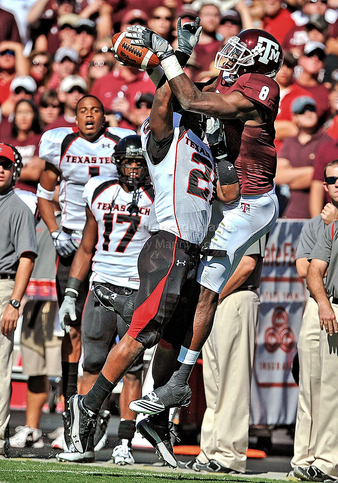 OCT 30 2010:  <br /> Texas A&M Aggies wide receiver Jeff Fuller #8 jumps up for a pas as Texas Tech Red Raiders cornerback Jarvis Phillips #21 defends <br /> in a game between Texas Tech Red Raiders and Texas A&M Aggies at Kyle Field Stadium in College Station, Texas.<br />  Aggies win 45-27.<br /> (Credit Image: © Manny Flores/Cal Sport Media)