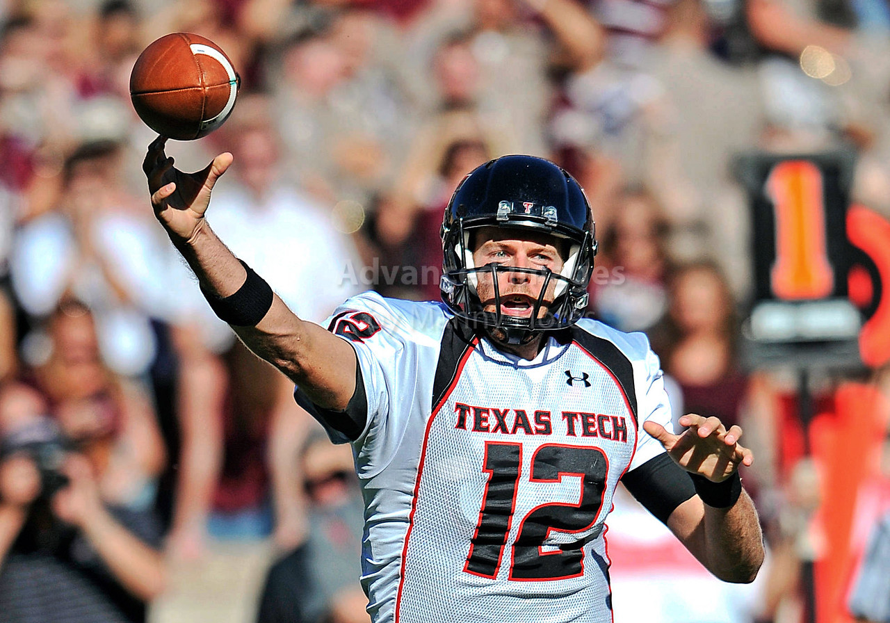 OCT 30 2010:  <br /> Texas Tech Red Raiders quarterback Taylor Potts #12 passes the ball<br /> in a game between Texas Tech Red Raiders and Texas A&M Aggies at Kyle Field Stadium in College Station, Texas.<br />  Aggies win 45-27.<br /> (Credit Image: © Manny Flores/Cal Sport Media)