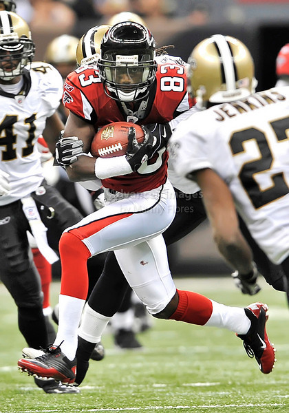 Sept 26 2010:  <br /> Atlanta Falcons wide receiver Harry Douglas #83 in action<br /> in a game between Atlanta Falcons vs New Orleans Saints at the Superdome in New Orleans, LA. <br /> Atlanta Falcons win in overtime 27-24<br /> (Credit Image: © Manny Flores/Cal Sport Media)