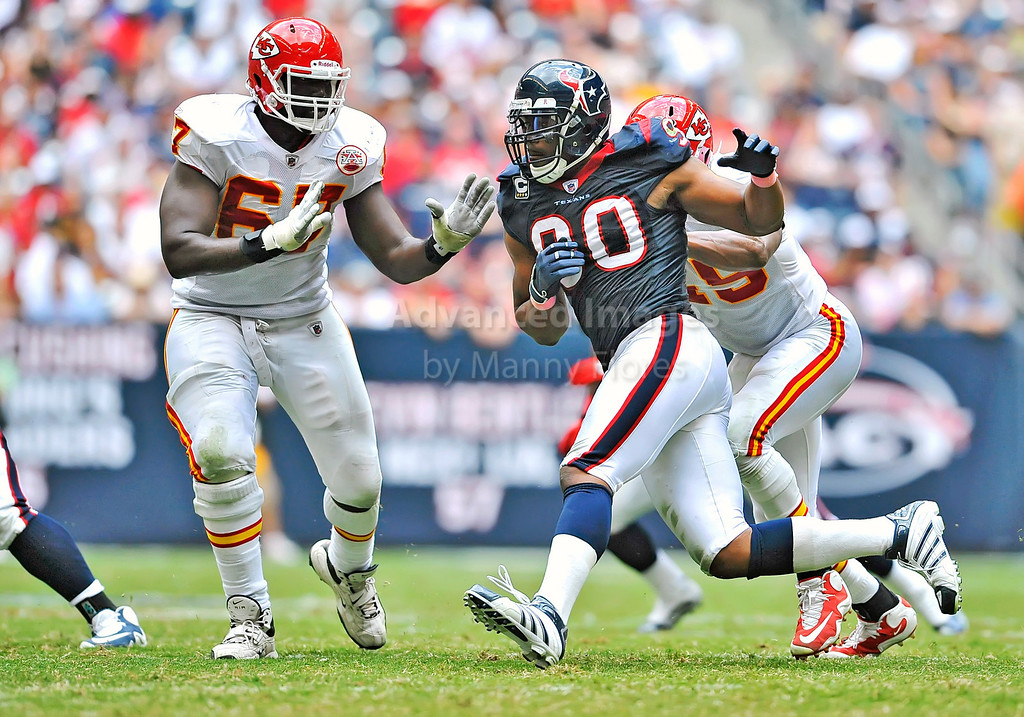 17 Oct 2010:  <br /> Houston Texans defensive end Mario Williams #90 rushes the quarterback in a game between the Kansas City Chiefs and the Houston Texans at Reliant Stadium in Houston, Texas.<br /> Houston wins 35-31