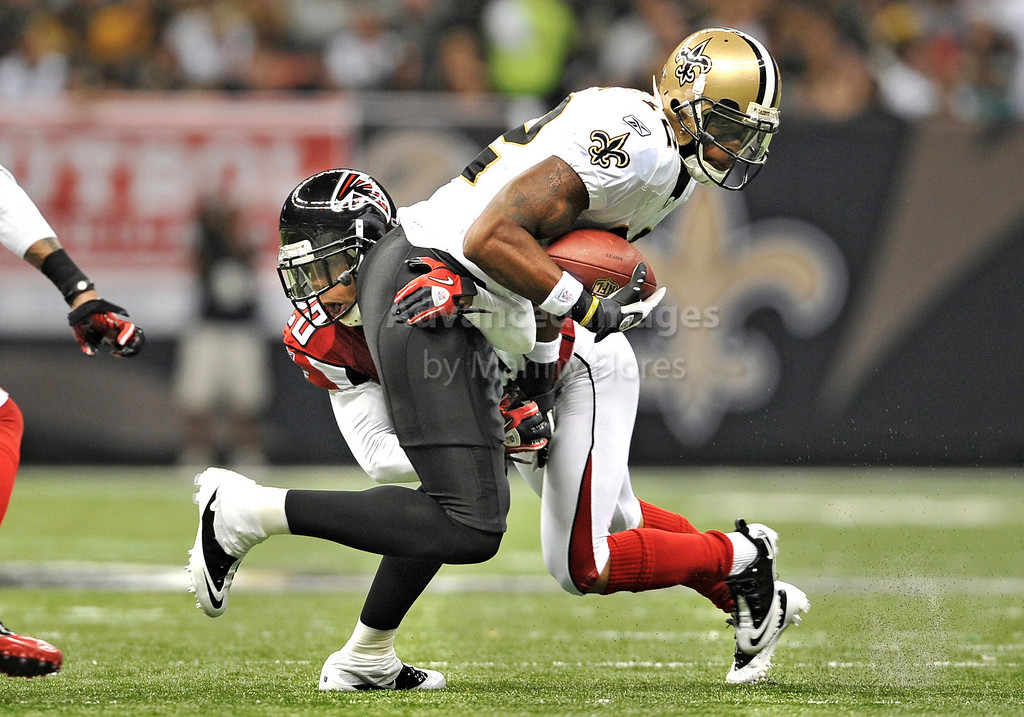 Sept 26 2010:  <br /> New Orleans Saints wide receiver Marques Colston #12 catches the ball in a game between Atlanta Falcons vs New Orleans Saints at the Superdome in New Orleans, LA. <br /> Atlanta Falcons win in overtime 27-24<br /> (Credit Image: © Manny Flores/Cal Sport Media)