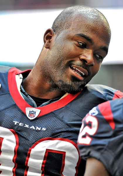 Oct 17 2010:  <br /> Houston Texans defensive end Mario Williams #90 in action in a game between Kansas City Chiefs and the Houston Texans at Reliant Stadium in Houston, Texas.<br /> Houston wins 35-31<br /> (Credit Image: © Manny Flores/Cal Sport Media)
