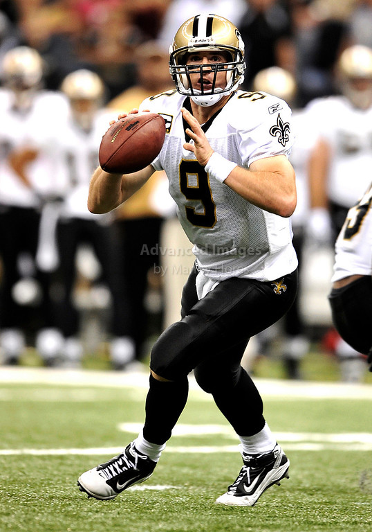 Sept 26 2010:  <br /> New Orleans Saints quarterback Drew Brees #9 in action<br /> in a game between Atlanta Falcons vs New Orleans Saints at the Superdome in New Orleans, LA. <br /> Atlanta Falcons win in overtime 27-24<br /> (Credit Image: © Manny Flores/Cal Sport Media)