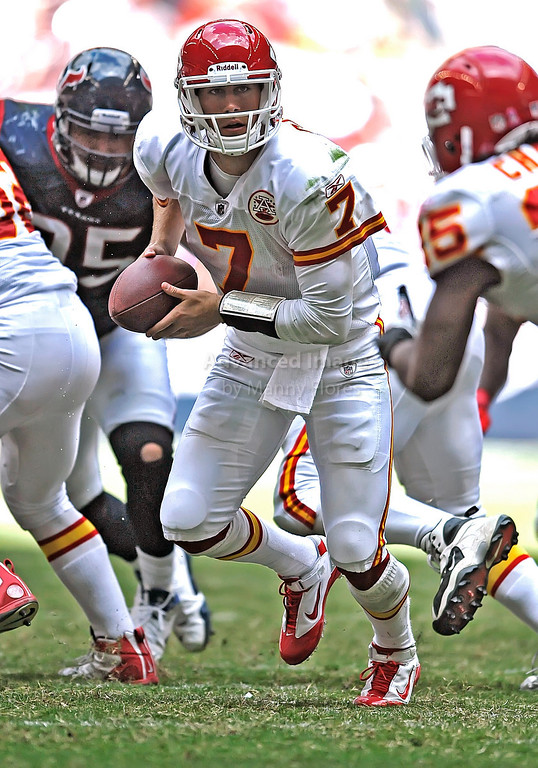 17 Oct 2010:  <br /> Kansas City Chiefs quarterback Matt Cassel #7 in action<br /> in a game between the Kansas City Chiefs and the Houston Texans at Reliant Stadium in Houston, Texas.<br /> Houston wins 35-31