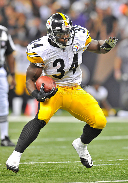 OCT 31 2010:  <br /> Pittsburgh Steelers running back Rashard Mendenhall #34 carries the ball in a game between Pittsburgh Steelers and New Orleans Saints at the Louisiana Superdome Stadium in New Orleans, LA.<br />  Saints win 20-10<br /> (Credit Image: © Manny Flores/Cal Sport Media)