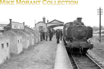 RCTS: Wessex Wyvern 8/7/56 GWR Collett 5700 class pannier tank no. 4624 at Melcombe Regis station which had closed to passenger traffic on March 3rd, 1952 as far as the line to Portland was concerned but remained in use as a Weymouth relief platform for main line services until September 12th, 1959. This return trip was hauled throughout by 4624 which was a Weymouth allocated engine from March 1954 until August 1963. [Mike Morant collection]