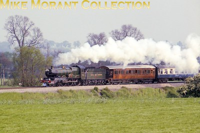 SLOA: The Great Western Envoy 29/5/77 This was the final outing for the preserved GWR Collett 4-6-0 no. 4079 Pendennis Castle before its departure for Australia. This shot was taken at Culham on the trip's return leg from Didcot to Birmingham. [Photo taken by Mike Morant]