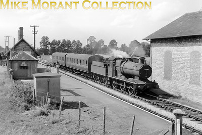 Collett 2251 class 0-6-0 no. 3216 departs from West Pennard with a Highbridge to Templecombe stopping train on 18/8/62. 3216 had been transferred from 85A Worcester to the S & D in October 1960 and would remain an 82G Templecombe engine until withdrawal in December 1963. [Mike Morant collection]