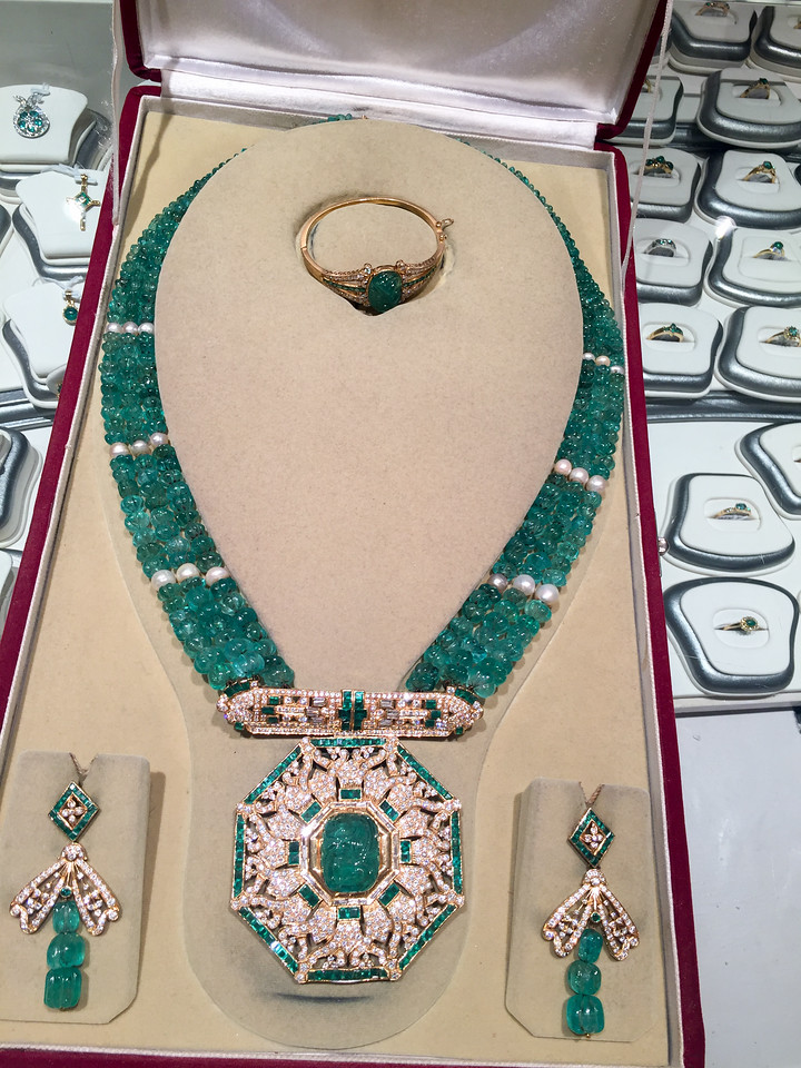 Jewels said to have been owned by Mumtaz Mahal (who is buried in Taj Mahal)