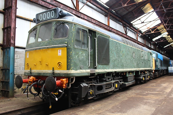 25321 inside a shed at Swanwick. 16.06.18