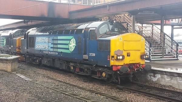 """37259 at York on 1Z67 Pathfinder Tours """"The Easter Highlander"""". 30.03.18"""