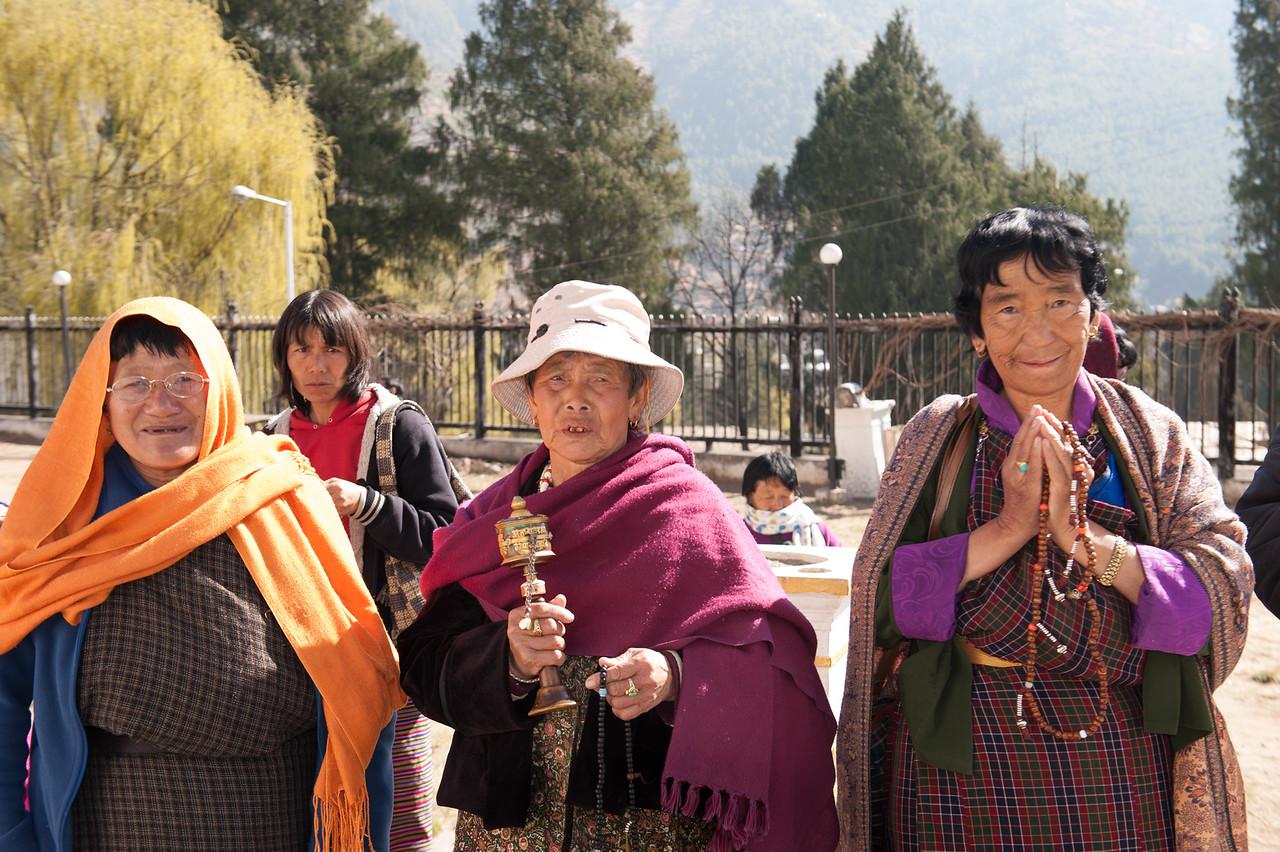 Buddhist Women Praying