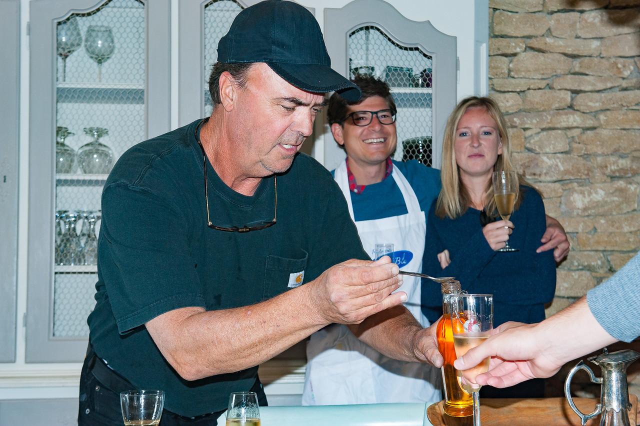 Dana Prepares a Melon-Bellini Toast