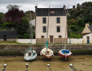 Bono, Brittany