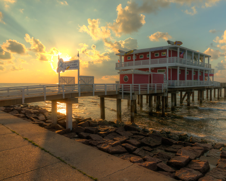 Jimmy's on the Pier, Sunrise