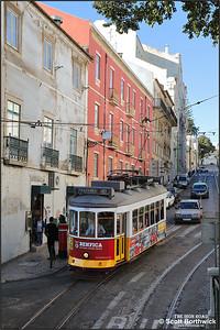 562 runs down the Calçada de São Vicente in the Alfama district of Lisbon whilst working a No.28 service to Prazeres on 14/11/2017.