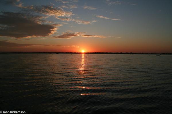 Sunrise over Lake Piuval, Pantanal