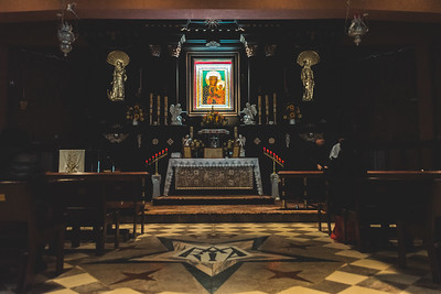 _NIK7278 Black Altar LatinMass Czestochowa_