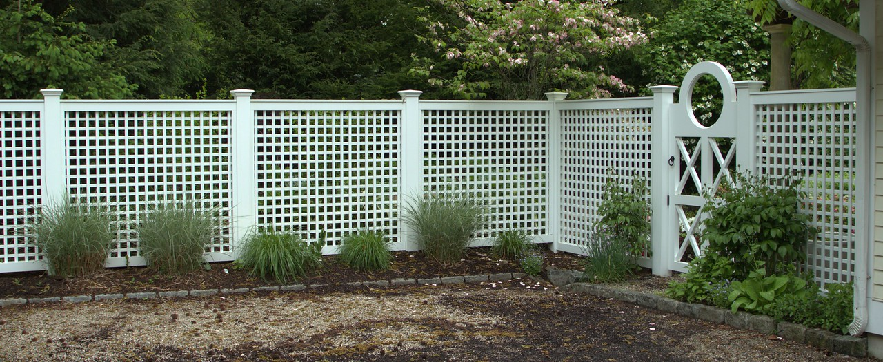 190 - Darien - Lattice & Custom Gate