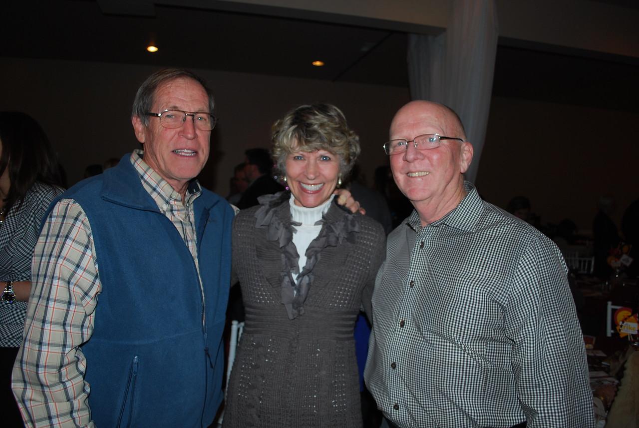 Bobby and Tere Wren_Tom Sharpe
