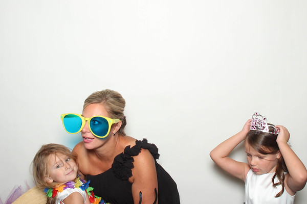 Laura&Ryan_BananaWhoBooth_MidlandWedding-0017