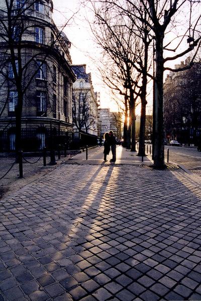 Kissing in Paris, January 1999
