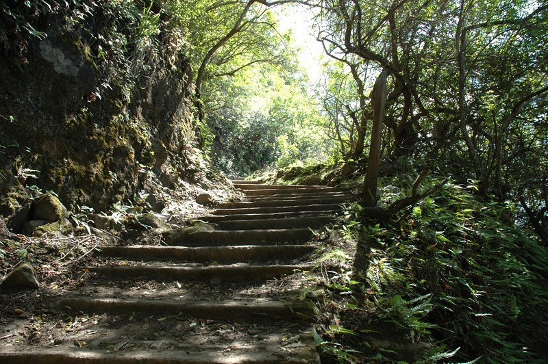 Hiking the Pail trail to Kalaupapa, Moloka'i, Hawaii