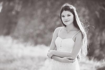 Lauren Estrada-105 bnw
