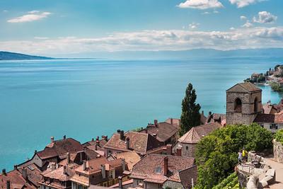 Saint-Saphorin village in Lavaux, overlooking lake Geneva