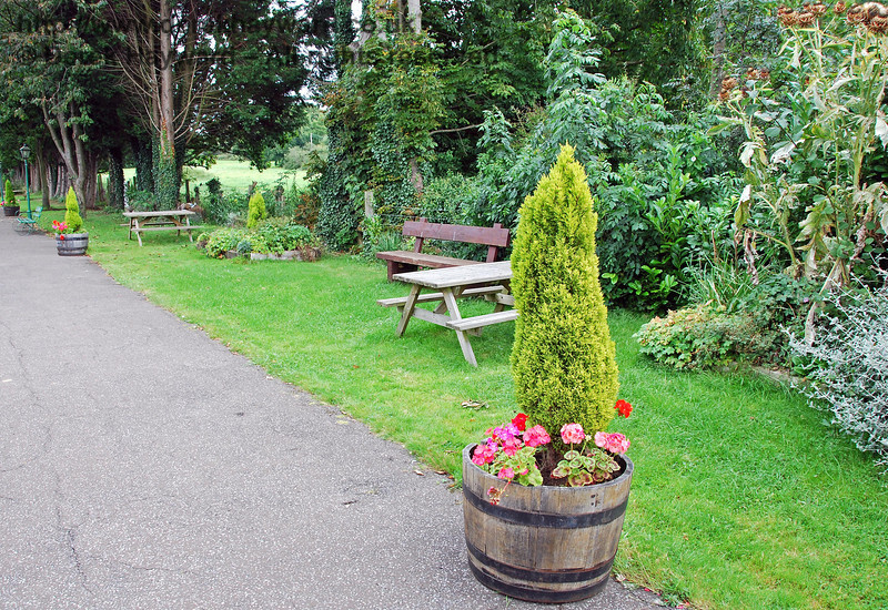 The attractive gardens on Platform 2 at Isfield. 02.09.2007