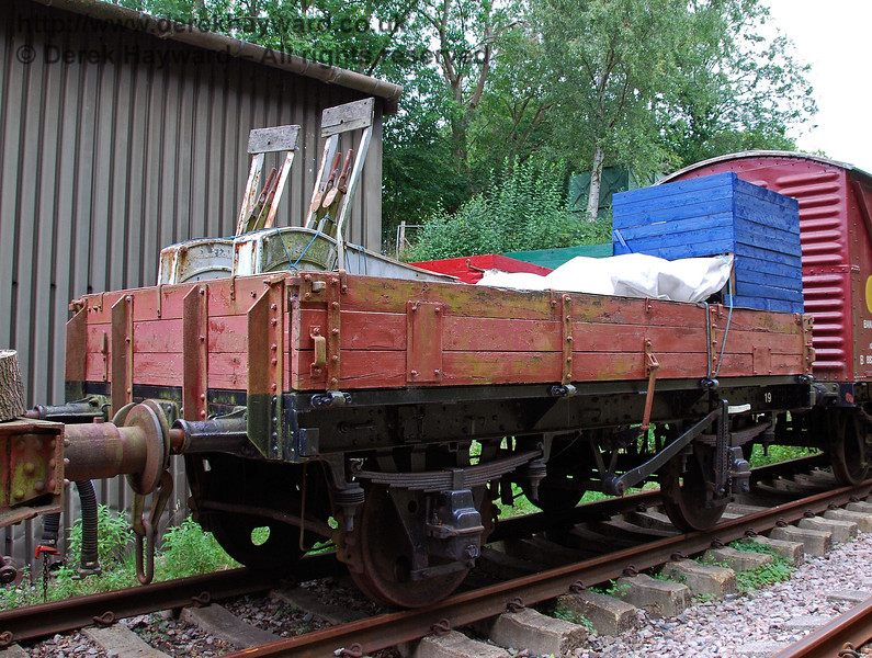 Three Plank wagon (stock list 19). Isfield 02.09.2007