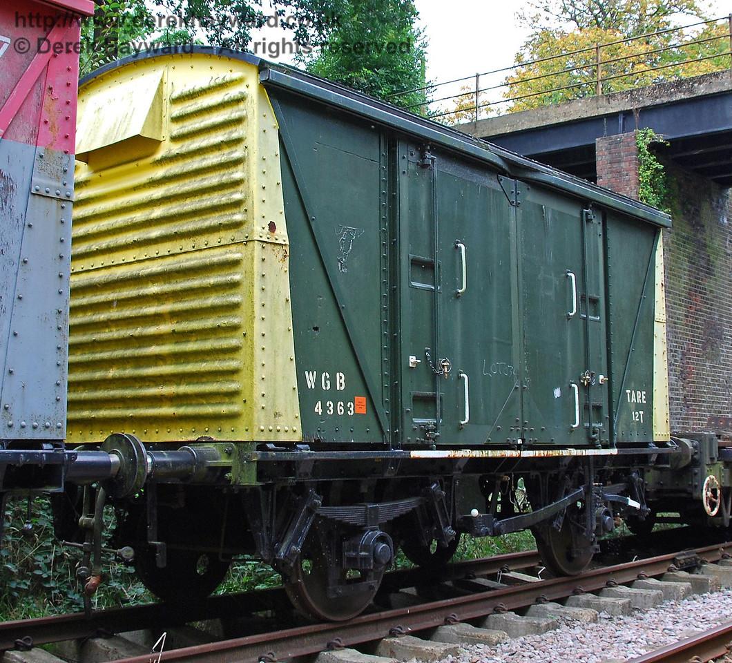 Closed wagon WGB4363. Isfield 02.09.2007