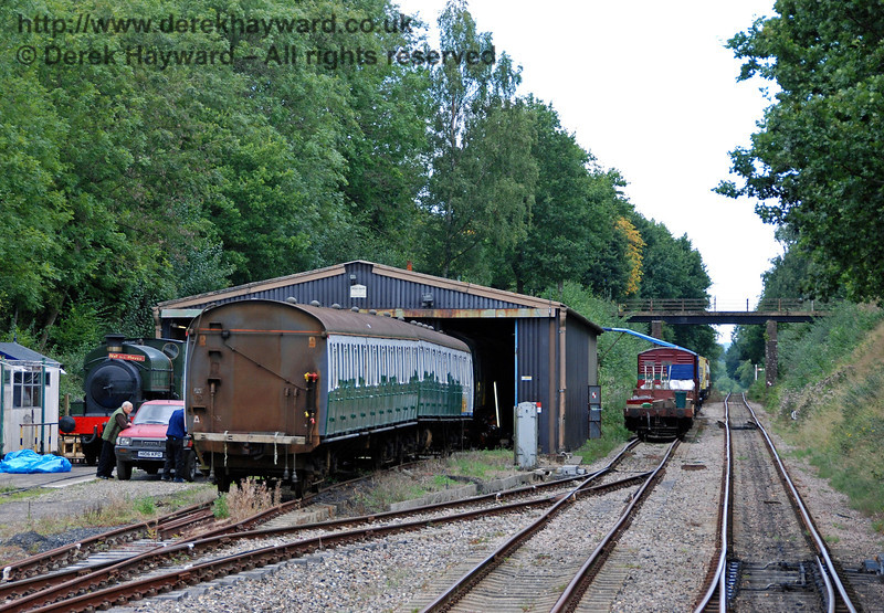 Isfield shed viewed from the front of a departing train. 02.09.2007