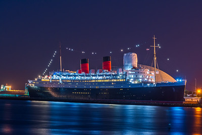 Queen Mary in LA at night