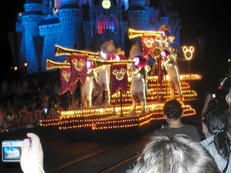 El Desfile Nocturno de Luces