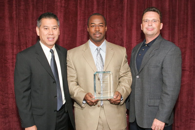 2007 Vehicle Theft Award of Merit -- Category 3 (1,001+ Officers) Winner:<br /> Florida Highway Patrol<br /> Chief Silvester Dawson<br /> (also pictured: Deputy Commissioner Joe Farrow, California Highway Patrol and George Baker, OnStar by GM)