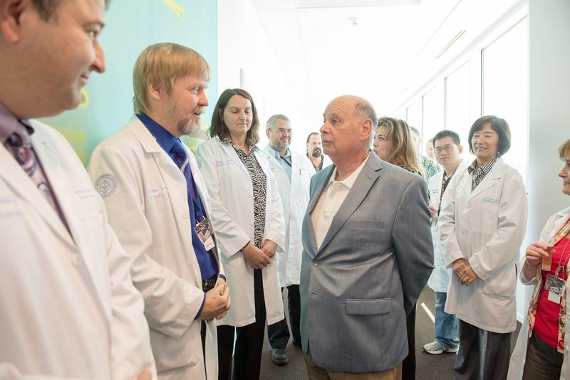 WesternU dedicates Lawrence F. Gosenfeld, D.O. Research Laboratory