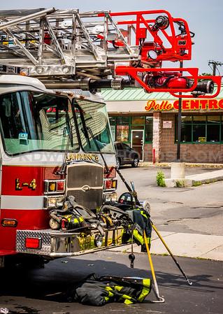 Lawrence, MA 2nd Alarm - IAO 575 Common St near Broadway - 7/13/15