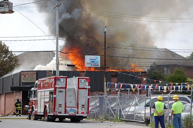 Lawrence, MA - 2nd Alarm - Essex & Winter Sts - 9/1/06