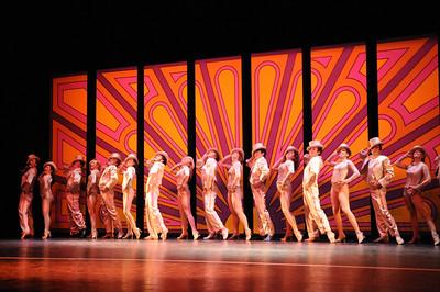 A Chorus Line, 2013