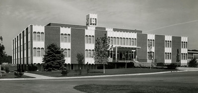 A view of the front of Moore Library in 1964.