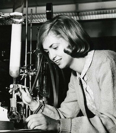 A student working in the chemistry lab in the 1970s.