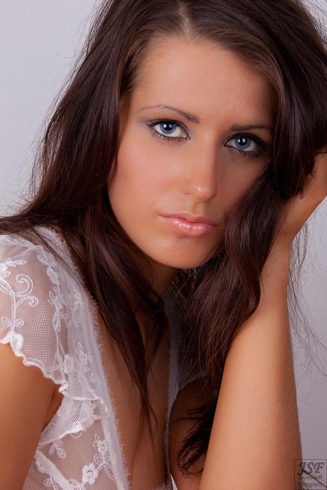 Layla Leigh 3-81