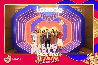 Lazada-Year-End-Party-2019-at-InterContinental-Saigon-Chup-hinh-lay-lien-Tat-nien-2019-tai-TP-Ho-Chi-Minh-WefieBox-Photobooth-Vietnam-91