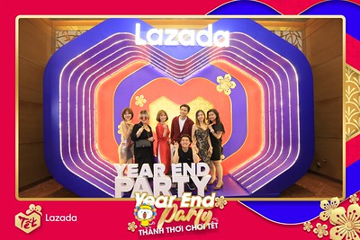 Lazada-Year-End-Party-2019-at-InterContinental-Saigon-Chup-hinh-lay-lien-Tat-nien-2019-tai-TP-Ho-Chi-Minh-WefieBox-Photobooth-Vietnam-82
