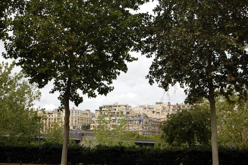 Paris au mois d'août - Agnès Bihl