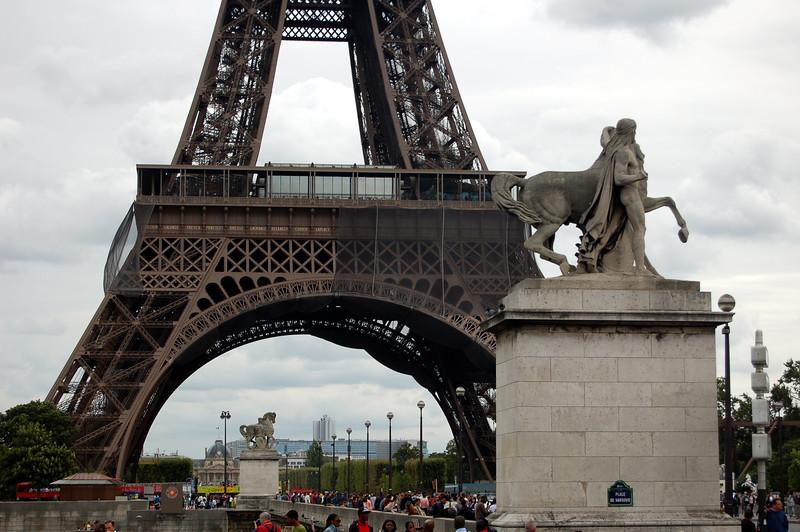 Paris - Léo Ferré