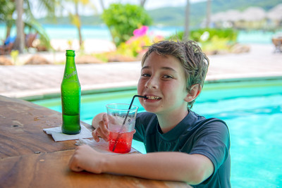 Swim Up Bar days at Le Taha'a