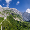 Il gruppo Ponze-Mangart nei pressi del Rifugio Zacchi - foto n° 130916-003894